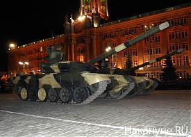 парад т-90|Фото: Накануне.RU