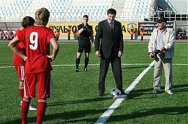 юревич поле футбол стадион Фото: пресс-служба губернатора челябинской области