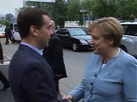 Президент РФ Дмитрий Медведев и канцлер ФРГ Ангела Меркель|Фото: www.vesti.ru