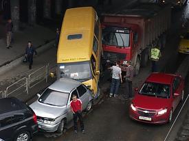 дтп челябинск авария автомобиль газель|Фото:гибдд челябинска