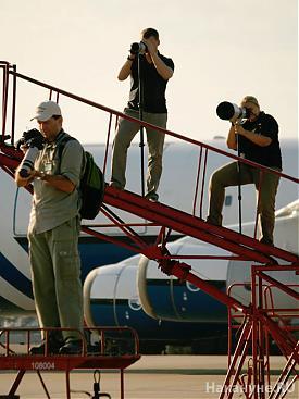 фотографы споттеры фотоаппарат фотография|Фото: Накануне.RU