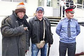 милиция театр актеры бомж прохожие улица|Фото:guvdso.ru