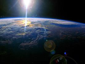 космос орбита земли Фото:http://wallpaper.zoda.ru
