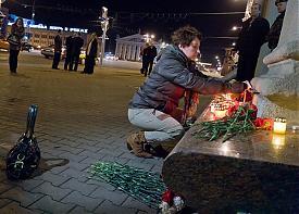 теракт минск свечи цветы память|Фото: toxaby.livejournal.com