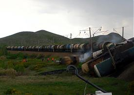 поезд цистерны мазут|Фото: 56.mchs.gov.ru