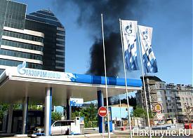 "пожар дым заправка газпромнефть бц ""саммит"" екатеринбург|Фото: Накануне.RU"