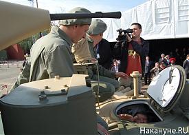 выставка вооружений нижний тагил 2011 танк люк|Фото: Накануне.RU