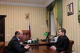 Александр Мишарин Владислав Сурков Фото:ДИП губернатора Свердловской области