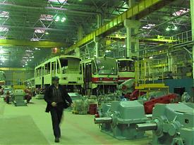 уралтрансмаш, визит рабочих увз, рабочий, трамвай|Фото:Накануне.RU