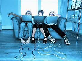 компьютеры подростки интернет социальные сети|Фото: