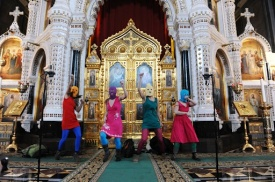 Pussy Riot  в Храме Христа Спасителя|Фото:pussy-riot.livejournal.com