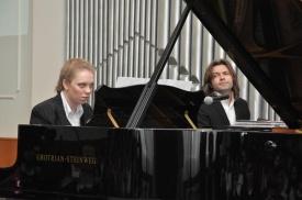 дмитрий маликов, рояль, ученица, лангепас|Фото: admlangepas.ru