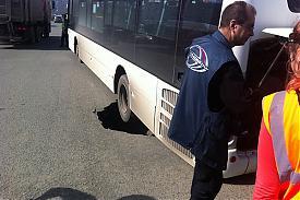 автобус в яме Челябинск|Фото: