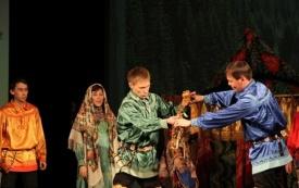 ханты-мансийск свадебный обряд фестиваль сцена костюмы Фото: admhmansy.ru