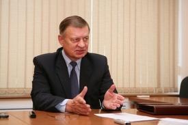 николай сапожников председатель союза производителей нефтегазового оборудования депутат госдумы от кпрф|Фото: kprf-glazov.ru