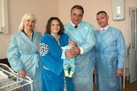 перинатальный центр, роженица, поздравление, олег богомолов|Фото:http://www.kurganobl.ru