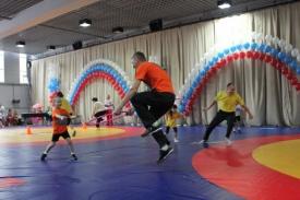 веселые старты семья спорт|Фото: gcskuzbass.ru