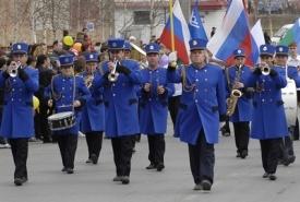 шествие оркестр|Фото: admugansk.ru