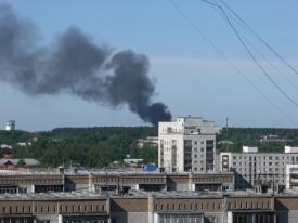 пожар, склад, дым|Фото: jivoderov.66.ru