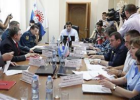 Евгений Куйвашев оперативный штаб по поискам АН-2 Серов|Фото: ДИП губернатора