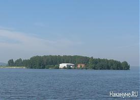 Верх-Исетский пруд остров|Фото: Накануне.RU