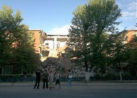 обрушение стены АЗ Урал |Фото:
