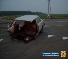 грузовик раздавил ВАЗ, курган|Фото:http://45.gibdd.ru