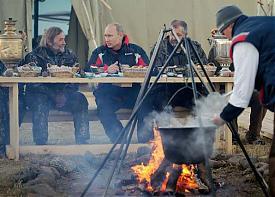 путин журавли стерхи мотодельтаплан Фото: kremlin.ru