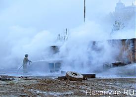 пожар рядом с цирком, пожарные|Фото: Накануне.RU