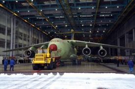 первая выкатка самолета ил-476 ульяновск декабрь 2011|Фото: http://topwar.ru