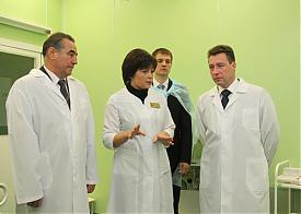Игорь Холманских посетил перинатальный центр Курганской области Фото: zauralonline.ru