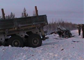 ДТП Сургут Лянтор грузовик Хонда Джаз|Фото: 86.mvd.ru