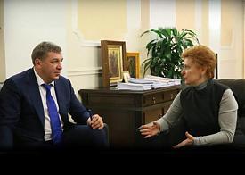 министр регионального развития РФ Игорь Слюняев, губернатор ХМАО Наталья Комарова|Фото: пресс-служба минрегионразвития РФ