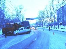 дтп, автобус, дети Фото: 66.gibdd.ru