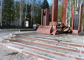 памятник воинам Югры, ДПТ, разрушение, Ханты-Мансийск|Фото: УМВД ХМАО-Югра