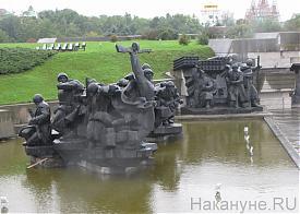 памятник, Киев|Фото: Накануне.RU