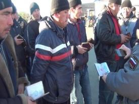 мигранты нелегалы рынок усадьба Челябинск|Фото: УМВД РФ по Челябинску