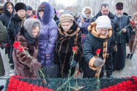 съезд матерей и вдов погибших, тюмень, возложение цветов|Фото: пресс-служба сибнефтепровод