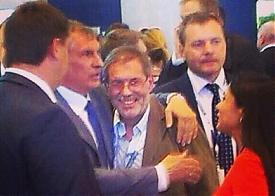 Игорь Сечин, Михаил Леонтьев, объятия |Фото: instagram.com