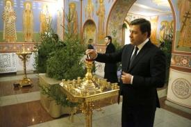 рождественский прием, куйвашев, свеча|Фото: пресс-служба губернатора Свердловской области
