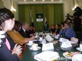 Алексей Кокорин и.о. губернатора Курганской области журналисты|Фото: Накануне.RU