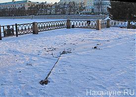 Екатеринбург, демонтаж часов, олимпийские часы, плотинка Фото: Накануне.RU