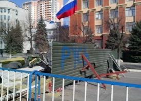 Луганск, баррикады|Фото: felix-edmund.livejournal.com
