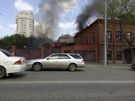 пожар, куйбышева-вайнера|Фото: twitter.com/leo_smy