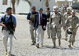 Blackwater выполняет охранные задачи в Ираке|Фото: