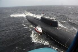 катер, подводная лодка, Белое море, шторм|Фото:vk.com
