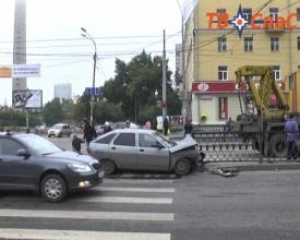 авария, ДТП, Большакова, Екатеринбург Фото:ТВ Спас