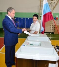 Кокорин голосование выборы Фото: администрация Шадринска