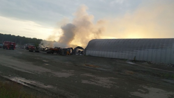 пожар, склад, Екатеринбург|Фото:vk.com