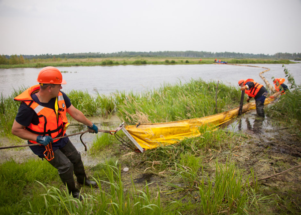 разлив нефти, тренировка|Фото: ТН-Сибирь